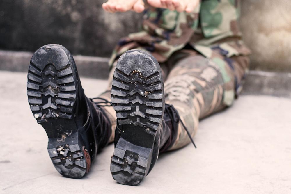 Czym odznaczają się dobrej jakości spodnie wojskowe?