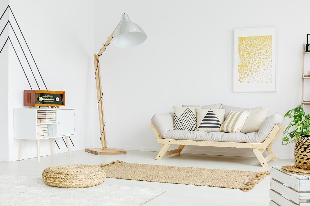 Lampy – jak dużo potrzeba ich do salonu?